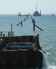 20180518 Cleveleys pipeline problems (blackpoolbeach) Tags: blackpool anchorsholme cleveleys pipeline vessels damage repair doreendorward lmconstructor vital ship barge tug sea murphy offshore carmettug