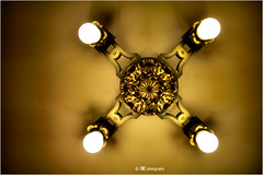 Cross on the Ceiling (La_Marghe) Tags: grandcentralstation newyork manhattan light lamp canon eos550d yabbadabbadoo