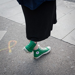 Manifest (Luis Alvarez Marra) Tags: catalonia politic freedom spain barcelona converse green yellow tie nikon d7000 24mm prime collecting soul street streettog tog decisive moment candid outdoor