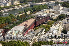France - Paris - Quai Branly Museum from the Eiffel Tower_DSC7216 (Darrell Godliman) Tags: franceparisquaibranlymuseumfromtheeiffeltowerdsc7216 museumquaibranly quaibranlymusee paris france jeannouvel