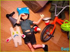 Bright colors (Seiji-Univers) Tags: seijiunivers seiji doll poupée toy plastic girl pretty lalka azone repaint ooak cute kid child young adorable tiny plush bike sport bunny rabbit lapin grunge bicycle bright colors