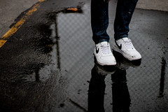 Reebok or Nike Nigga! (3 Mostro) Tags: nike urban rap hiphop shadow sombras streetphotography moda swag caracas venezuela burguezpeligroso