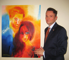 Artist Stephen B. Whatley with his New Royal Tribute. April 2018 (Stephen B. Whatley) Tags: princeharrymeghanmarkle art contemporaryart modernart portrait artistart painting oilpainting expressionism expressionistart artist newportraitofprinceharry paintingofprinceharry meghanmarkle hollywood royalfamily royalwedding2018 majestymagazine majesty press royalnews news american iloveamerica usa us angloamerican stephenbwhatley artiststephenwhatley whatley artiststephenbwhatley toweroflondon towerhillunderpass towerhillstation london uk england europe starsstripes pin badge suited suit man artworld anawesomeshot abigfave blueribbonwinner