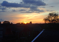2018_04_260013 (Gwydion M. Williams) Tags: coventry britain greatbritain uk england warwickshire westmidlands chapelfields sirthomaswhitesroad sunset