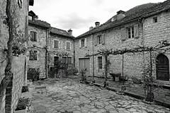 Ste Enimie, gorges du Tarn (Lozère, Languedoc, France) (pascalrouthier) Tags: villagepittoresque villages fujixt20 fujifilm blackandwhite noiretblanc flickrunitedaward elements