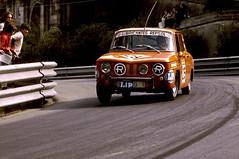 RENAULT R8 TS  Circuito de Montjuich 1.973 (Manolo Serrano Caso) Tags: renault r8 ts circuito montjuich
