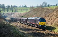 Royal descent (Rails West) Tags: 67005 locations marlands royaltrain tnt whiteball class67
