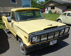 Jeep Gladiator (D70) Tags: jeep gladiator sony dscrx100m5 ƒ56 96mm 1640 125 flatblackautomotive whatcom washington unitedstates