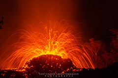 Puna lava flow!! #hawallvolcano #codyyamaguchi #canon5dmarkiv #canon70200 #canon1635 #canon7dmarkii (cody yamaguchi) Tags: hawallvolcano codyyamaguchi canon5dmarkiv canon70200 canon1635 canon7dmarkii