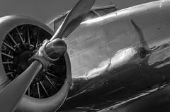 Chauffé à blanc (AMATIGNON) Tags: bleu bw avion métal ciel sky aircraft noirblanc