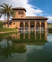 Palacio del partal Alhambra - Grenada (valecomte20) Tags: alhambra spain spanje espana granada andalaucia andalousie palace foretesse arabic muslim nasrid nikon d5500 reflet