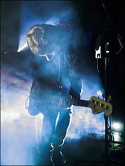 Dion Lunadon (A Place To Bury Strangers) (KK-Fotografie) Tags: music concert live stage musik konzert bühne alternativ indie noise rock wiesbaden kesselhaus schlachthof aptbs aplacetoburystrangers