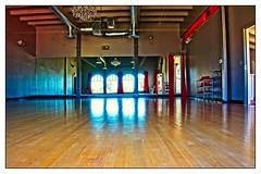 FLOOR BOARDS (akahawkeyefan) Tags: chandelier monterey davemeyer floor mirrors empty