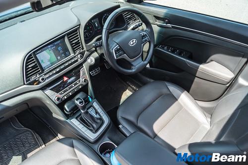 2017-Hyundai-Elantra-Long-Term-33