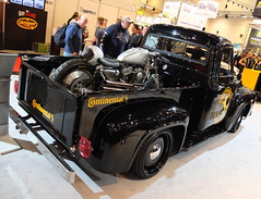 Ford F100 'Model 2' Pickup Tuning 1954 (Zappadong) Tags: ford f100 model 2 pickup tuning 1954 essen motor show 2017 ems th automobile zappadong oldtimer youngtimer auto automobil car coche voiture classic classics oldie oldtimertreffen carshow