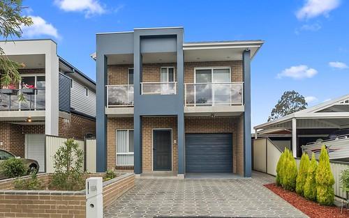 15A Templeton Cr, Moorebank NSW 2170