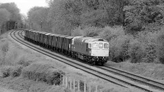 Kinchley Lane (Duck 1966) Tags: gcr 33035 crompton class33 emrps goods train diesel locomotive