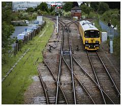Level Pegged. (-Metal-M1KE-) Tags: networkrail yellow sprinter droitwichspa semaphores 950001 test testtrain signalling