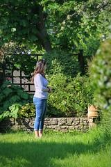 Canon EOS 60D  - Lisa in the Garden (TempusVolat) Tags: picmonkey wife brunette woman grass verdant curves curved curvy lisa garethwonfor tempusvolat gareth wonfor tempus volat mrmorodo