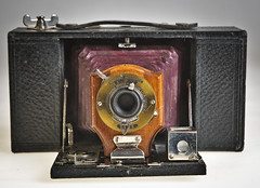 Brownie Automatic (SBA73) Tags: càmara camera photo photographic photography fotografia foto historia vintage old analogic collect kodak shutter historic bellows manxa plegable 120 meniscus no2foldingbrownie brownie redbellows timber wood brownieautomatic 1904 1907 modela brilliant viewfinder