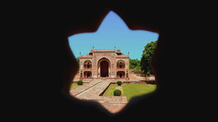 IV my Peephole (Eye of Brice Retailleau) Tags: beauty colourful colours composition earth scenery scenic extérieur outdoor ancient architecture light wide angle travel backpacking backpacker backpack vanishing point holidays bâtiment asie asia inde india agra baby taj