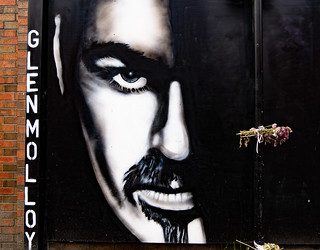 A TRIBUTE TO PRINCE AND GEORGE MICHAEL [BELFAST STREET ART BY GLEN MOLLOY]-139879