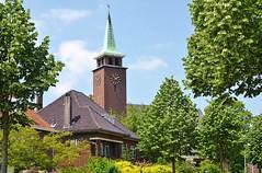 Bethelkerk Vlaardingen (Hugo Sluimer) Tags: broekpolder vlaardingen zuidholland holland nederland natuur nature natuurfotografie natuurfotograaf naturephotography natuurinbloei