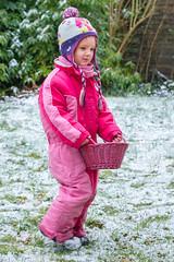 Lisa (stephanrudolph) Tags: winter snow people friends family d750 nikon handheld deutschland europe eurpopa germany bielefeld nrw toddler girl child 2470mm 2470mmf28g 2470mmf28