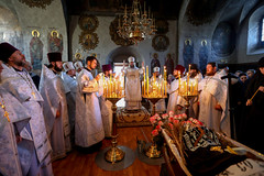 2018.04.18 otpevaniye Igumen'i Florovskogo monastyrya stolitsy (2)