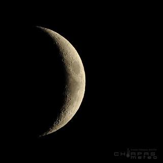 Luna Moon 19 Abril April 2018