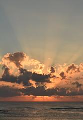 Mexico - Akumal - sunrise (Harshil.Shah) Tags: mexico quintana roo akumal yucatan sunrise cloud sea sky half moon bay