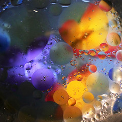 (M a r i S à) Tags: water drop oil circle colours colorful oildrops drops abstract macro blue bubble fluid liquid round blob float smooth abstrac