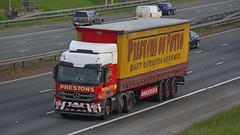 HN60 YDF (panmanstan) Tags: mercedes actros wagon truck lorry commercial curtainsider freight transport haulage vehicle a1m fairburn yorkshire