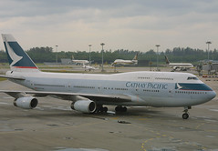 B-HOW, Singapore Changi, March 8th 2003 (Southsea_Matt) Tags: bhow boeing 747467 cathaypacific oneworld changi singapore sin wsss march 2003 spring canon d30 sigma 170500mm airport aircraft aviation