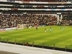 Penalty para el Club América (Erik Cleves Kristensen) Tags: mexico teotihuacan chapultepec mexicodf museodeantropologia elzocalo estadioazteca