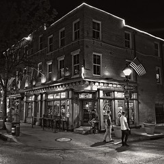 Fell's Point, Baltimore (SG Dorney) Tags: baltimore maryland bw blackandwhite monochrome iphone iphonephoto iphonephotography square squarephoto fellspoint maxstaphouse bar beer