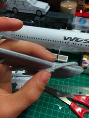 IMG_20180120_172356 (Hipo 50's Maniac) Tags: boeing 737800 westjet papercraft 1100 scale by paperreplikacom paper model aircraft jetliner plane 737 next generation