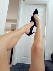 Dangle (newport50) Tags: sexylegs sexyfeet sexy shoes shoefetish barelegs ankles arched pretty