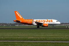 Airbus A319-111 (Den Batter) Tags: nikon d7200 schiphol eham polderbaan airbus a319 a319111 easyjet geziw