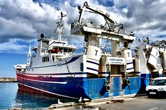 Fraserburgh Harbour Scotland - 19/4/2018 (DanoAberdeen) Tags: danoaberdeen 2018 fraserburgh harbour fishermen trawlermen fish salmon scallops haddock cod mackrel trawlers fishingboat shellfish turbot hake scotland scottish northeastscotland scottishhighlands bonnyscotland seafarers berth seaport docks candid amateur nikon thebrooch brooch fraserburghscotland tug boat vessel ship autumn summer winter spring bluesky clouds aberdeen aberdeenshire grampian scottishwater fishinglife shipspotting broch thebroch