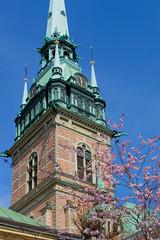 Tyska kyrkan, Stockholm (2benny) Tags: chiesa church cherry cherryblossoms cielo ciliegio ciliegioinfiore sky gamlastan stockholm stoccolma spring primavera april aprile sweden svezia sverige