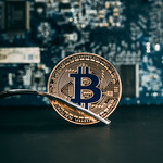 Coin Bitcoin in the fork thumbnail