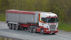 YJ13 GKY (panmanstan) Tags: scania r480 wagon truck lorry commercial bulk freight transport haulage vehicle a1m fairburn yorkshire