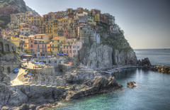 #210 (mariopolicorsi) Tags: mariopolicorsi canon eos 700d sigma 18200 hdr hdrawards simplysuperb acqua water waterscapes seascapes sea mare liguria italia italy europa europe travel viaggio manarola cinqueterre paese landscapes aprile april spring primavera photography photo photoshop photomatix foto fotografia building sky rock