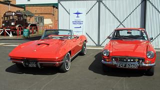 1967 Chevrolet Corvette Stingray AKX 937E, 1966 MGB FCF 536D