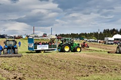 BA Vintage Country Fair - Aberdeen Scotland - 2018 (DanoAberdeen) Tags: danoaberdeen 2018 candid bavintagecountryfair amateur aberdeen aberdeenscotland abdn farming scottishfarming gala festival fair public countryside tractor farm scotland dunecht show tractors haulage transport farmmachinery diesel engine bluesky event charity northeast classic vintage outdoors agriculture freshair autumn summer winter spring truck truckfest farmwork gathering recent museum rare hgv lgv v6 v8 v12 loved collection
