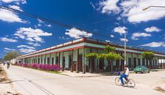 Camajuani - 1 - City Center - Cigar factory (lezumbalaberenjena) Tags: camajuani camajuaní villas villa clara cuba cuban ciudad city 2018 lezumbalaberenjena centro center