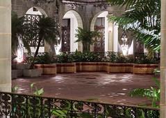 DSC01388 En el palacio nacional de la cultura (Julioafoto) Tags: palacio nacional cultura guatemala monumento historico arquitectura verde sony zeiss 55mm