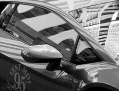Lamborghini urbaine/urban Lamborghini (bd168) Tags: auto car voitures sportscar voiture deluxe luxurycar blackandwhite blancetnoir city ville skyscrapers reflets reflexion windscreen lunetteavant testmoi xt10 xf90mmf2rlmwr gratte ciel