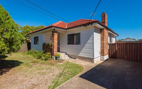 307 The Boulevarde, Smithfield NSW 2164